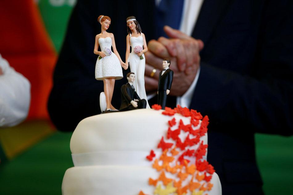 Wedding Cake Supreme Court.Us Supreme Court Sends Lesbian Wedding Cake Dispute Back To Lower
