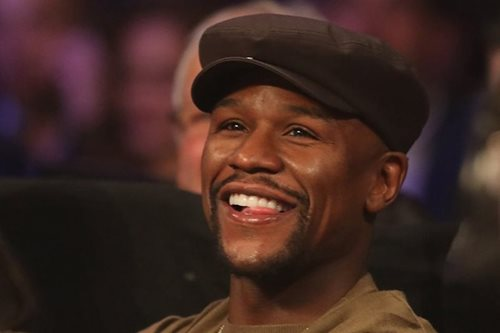 Mayweather coy over McGregor 'super fight'