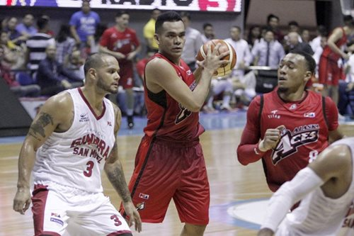 After squandering lead, Alaska's Manuel calls for focus, discipline