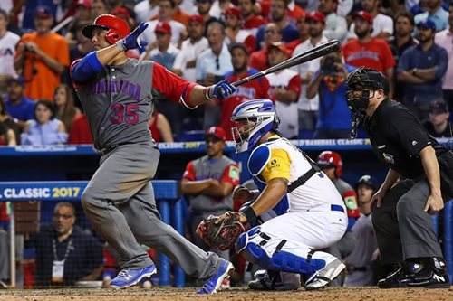 Dominicans, Puerto Rico advance in World Baseball Classic