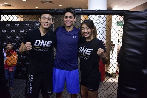 MMA: Schooling to join Angela Lee's entourage in Dynasty of Heroes