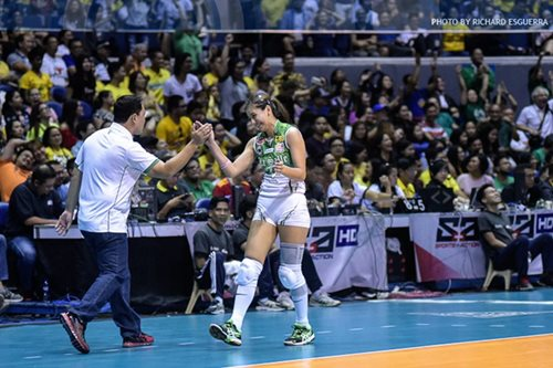 Boos from UST crowd challenged La Salle's Cheng