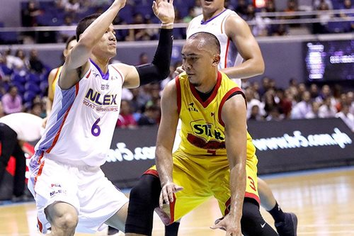 PBA: Well-rested Star, Rain Or Shine clash in Batangas