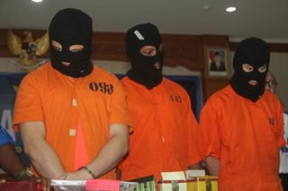 Indonesia parades foreign drug suspects