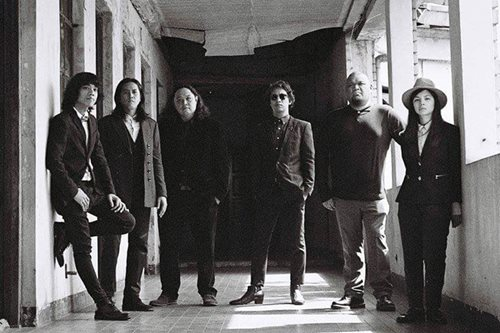 Review: Ely Buendia releases new band's debut album on vinyl