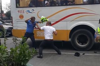 Bus driver na nakipagsuntukan sa mga MMDA enforcer, arestado