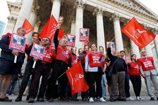 Bank of England staff begin first strike in 50 years