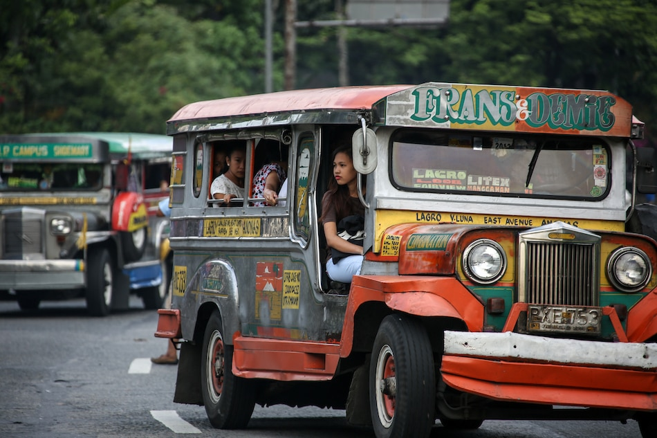 Consumer group wants jeepney fare back to P8