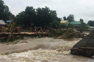Malakas na ulan, baha, landslide, nagbabadya sa ilang bahagi ng Visayas at Mindanao