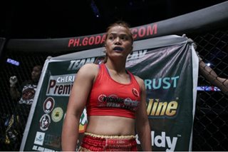 WATCH: Gina Iniong in full control as Pinay atomweight fighter cruises to ONE win