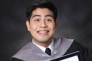 Struggling UST grad returns bag with P34,000, gets nice 'reward'