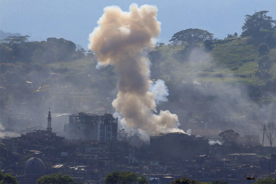 Government troops pursue Maute rebels