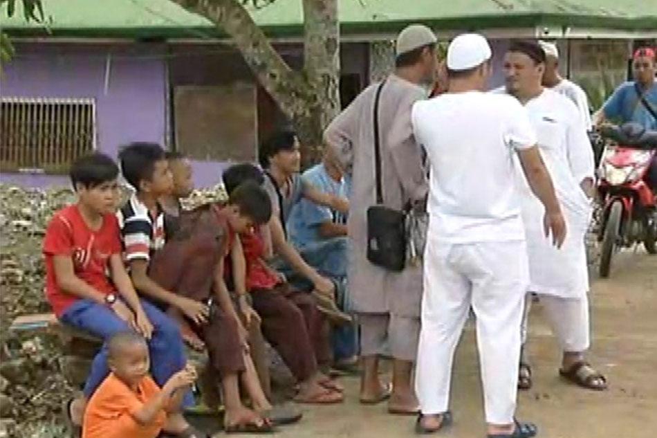 Mga residente ng Marawi, unti-unti nang nagsisibalik