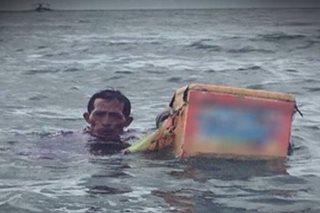 VIRAL: Swimming ice cream vendors in Batangas