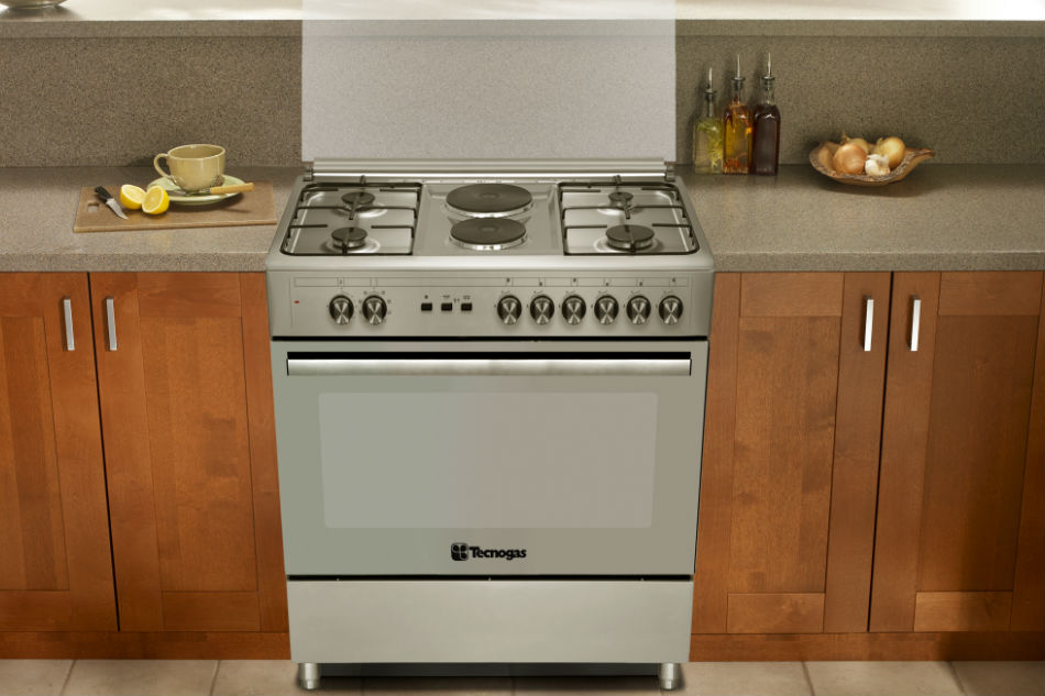 Gas vs. electric: Which oven is right for you?