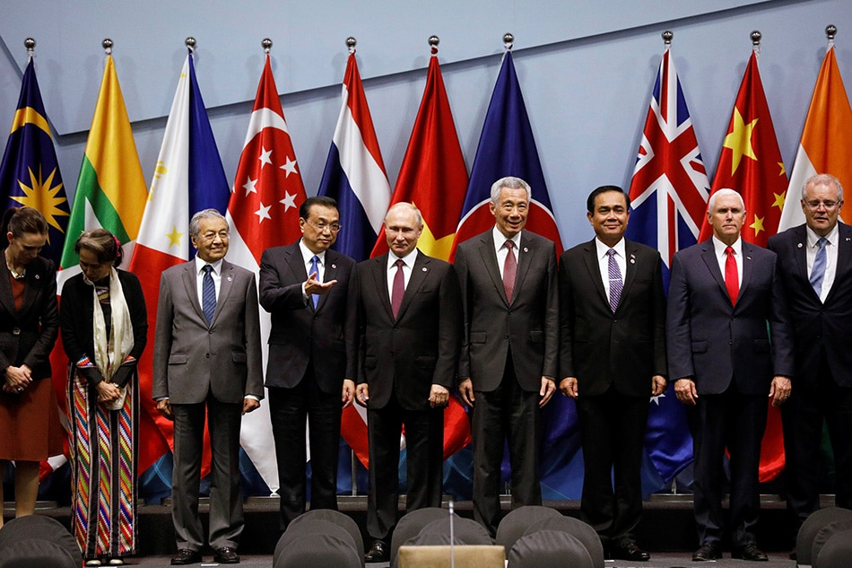 PM Singapura Isyaratkan Asia Akan Dipaksa Pilih Amerika atau Cina