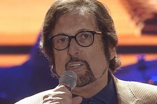 WATCH: Stephen Bishop performs with Martin, Zsa Zsa, Ogie, Toni on 'ASAP'