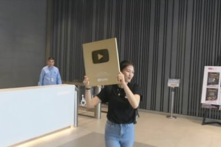 Alex Gonzaga, ginawaran ng 'gold play button' ng YouTube