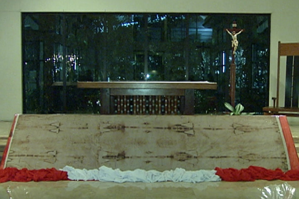 Replica ng Shroud of Turin, tampok sa ABS-CBN chapel