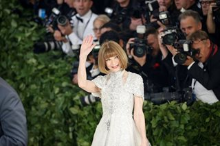 Conde Nast denies Anna Wintour leaving Vogue