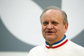 Three-Michelin-starred French chef Joel Robuchon dies
