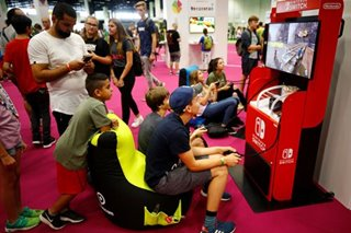 'Play anywhere' trend in vogue as Gamescom fair opens