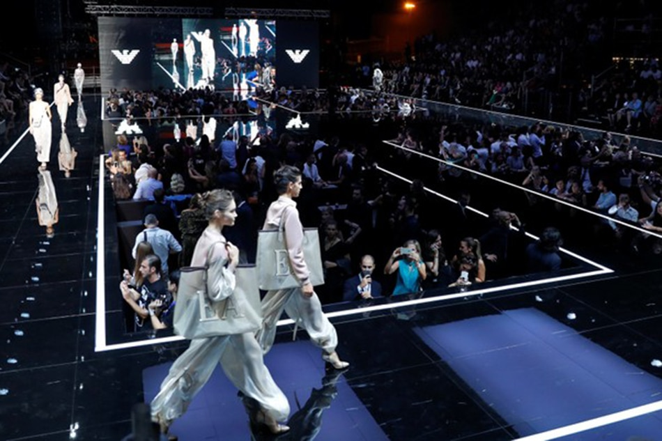 Can Am 2019 >> Milan's fashion flies high with Emporio airport show and Robbie Williams | ABS-CBN News