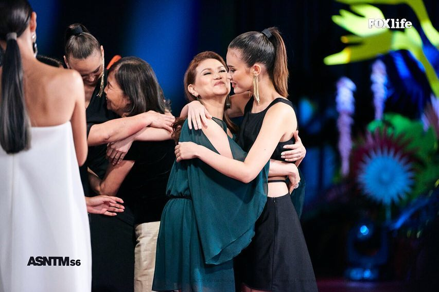 Adela Mae Marshall Shares A Sweet Moment With Her Mom During The Finale Asia S Next Top Model Fox Life