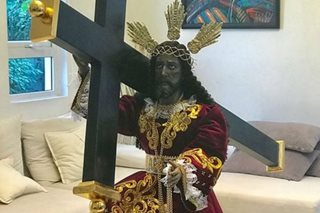 LOOK: Angeline Quinto gets replica of Black Nazarene