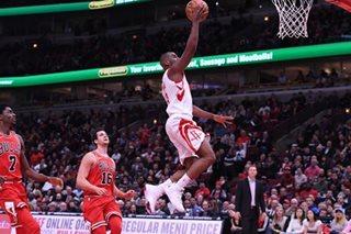 NBA: Gordon, Paul carry Rockets past Bulls