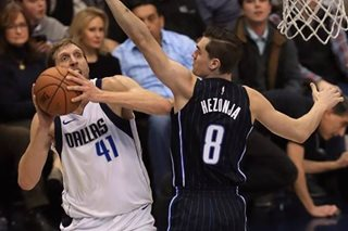 Nowitzki scores 20 as Mavericks cruise vs. Magic