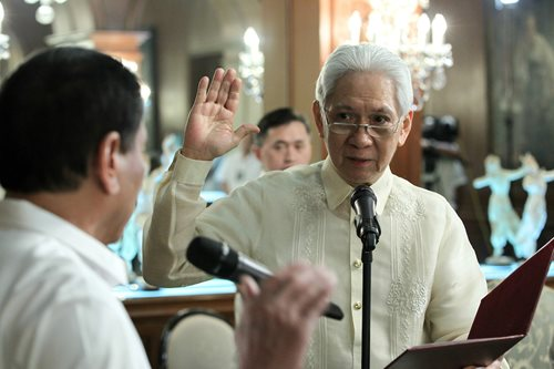 Justice Martires apologizes to Sereno, denies 'faith-shaming' her