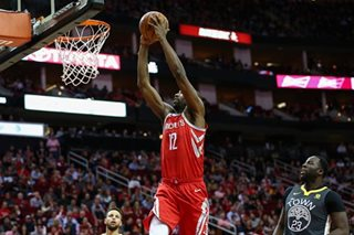 Paul scores 33 as Rockets snap Warriors' road win streak