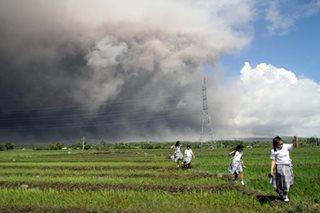 Mayon ashfall
