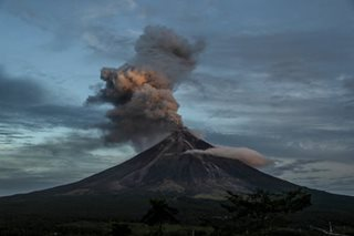 Mayon belches more ash, lava; hazardous eruption still possible