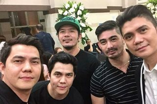 Celebs visit wake of Vhong Navarro's father