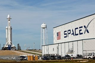 SpaceX poised to launch 'world's most powerful rocket'