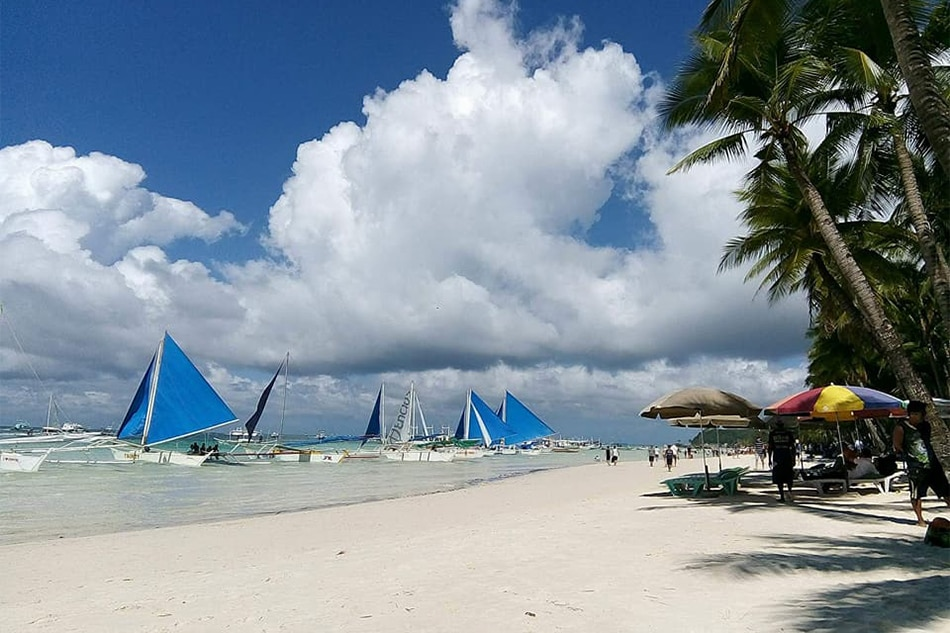 Holy Week holidaymakers leave Boracay, authorities brace for another event