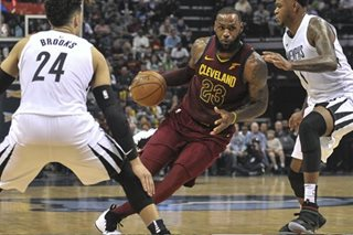 NBA: LeBron makes triple-double as Cavs send Grizzlies to 8th straight loss