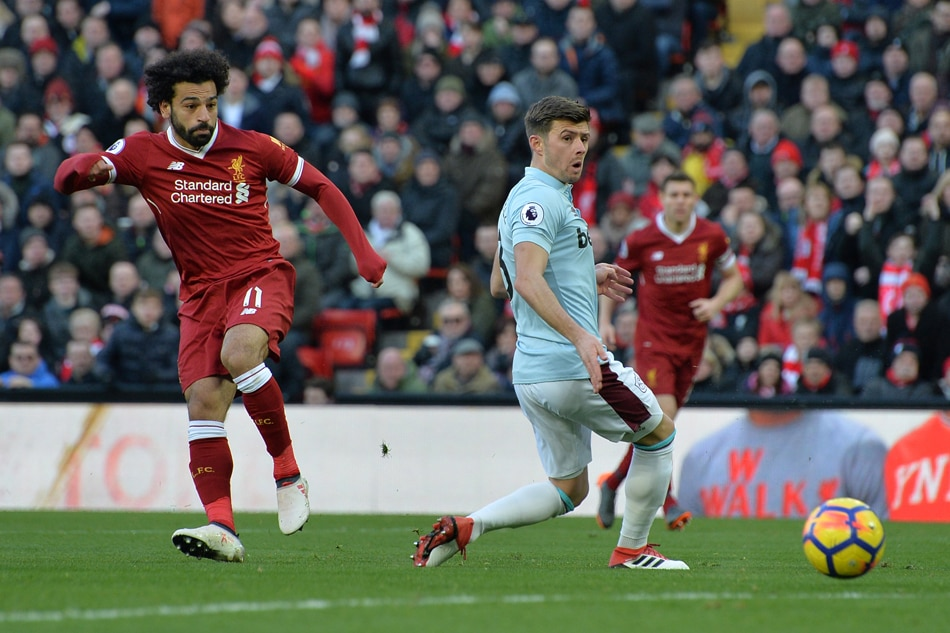 Roberto Firmino scores outrageous no-look goal as Liverpool destroy West Ham