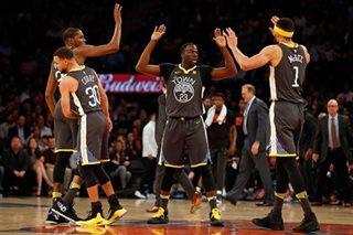 Warriors blow past Knicks