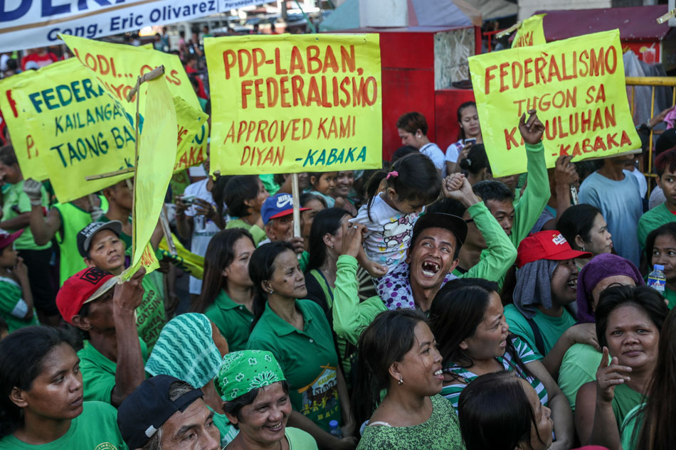 PDP-Laban supporters rally for federalism