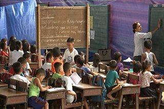 Libo-libong mag-aaral sa Albay, nananatiling 'displaced'
