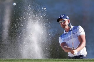 Stenson holds one-shot lead at Bay Hill, Woods five back