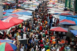 Optimism falls among Filipino consumers on rising inflation, low income: BSP