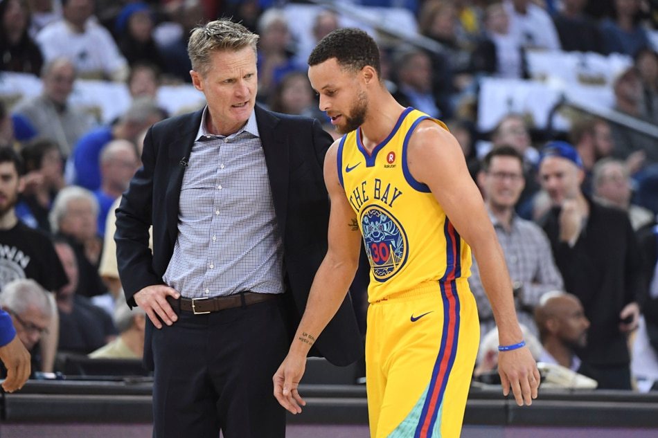 Steve Kerr scoffs at notion Stephen Curry should be less aggressive