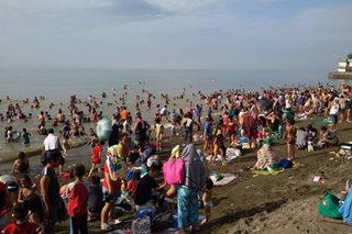 Mga beach, dinagsa sa Linggo ng Pagkabuhay