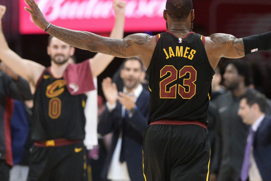 LeBron James: Cavs 'missed' Ty Lue; compares absence to Steve Kerr's