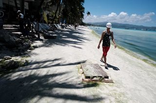 10 local officials face negligence rap over Boracay pollution