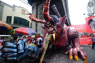 LOOK: 'DU30monyo' in Mendiola
